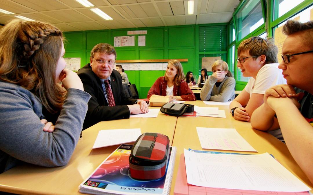 Über 1,1 Milliarden für Schulen in NRW:  Bundestag bringt Sanierungsprogramm auf den Weg