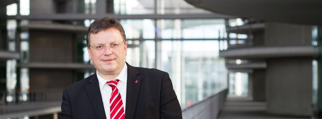 Andreas Rimkus freut sich über mehr Geld zur Eingliederung in Arbeit – 3,9 Millionen Euro fließen zusätzlich nach Düsseldorf
