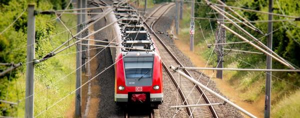 Fahrtzeitverkürzung auf der Strecke Düsseldorf-Eindhoven: Schienen-Ausbauprojekt Kaldenkirchen-Viersen-Rheydt an der deutsch-niederländischen Grenze wird im Bundesverkehrswegeplan aufgewertet!