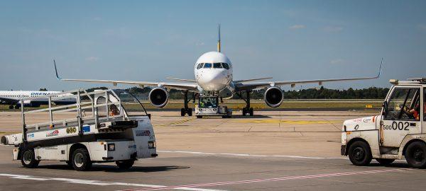 Luftverkehrswirtschaft am Boden – Auch Flughäfen sind systemrelevant! - Arno Klare MdB / Andreas Rimkus MdB