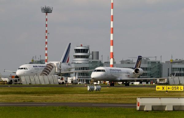 Gasbeitrag von Gabriele Preuss MdEP und Andreas Rimkus MdB für den Vorwärts: Hand in Hand für Sicherheit und bessere Arbeitsbedingungen im Luftverkehr