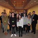 Gruppenfoto mit Schülern der Privatakademie Dr. Rampitsch aus Düsseldorf nach dem Gespräch im Bundestag