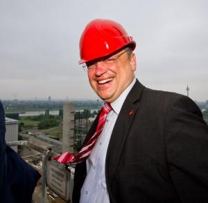 Andreas Rimkus während eines Kraftwerk-Besuches auf der Lausward in Düsseldorf