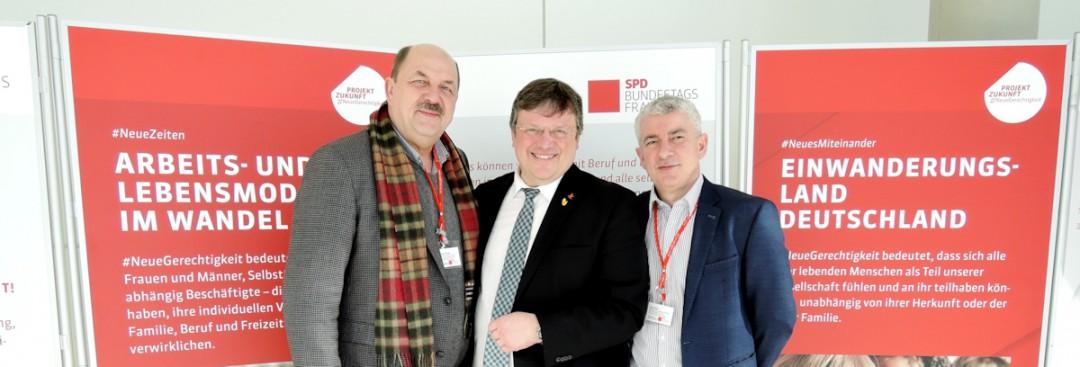 Gemeinsam stark für gute Arbeitsbedingungen: Düsseldorfer Arbeitnehmervertreter diskutieren in Berlin über die Zukunft der Arbeit