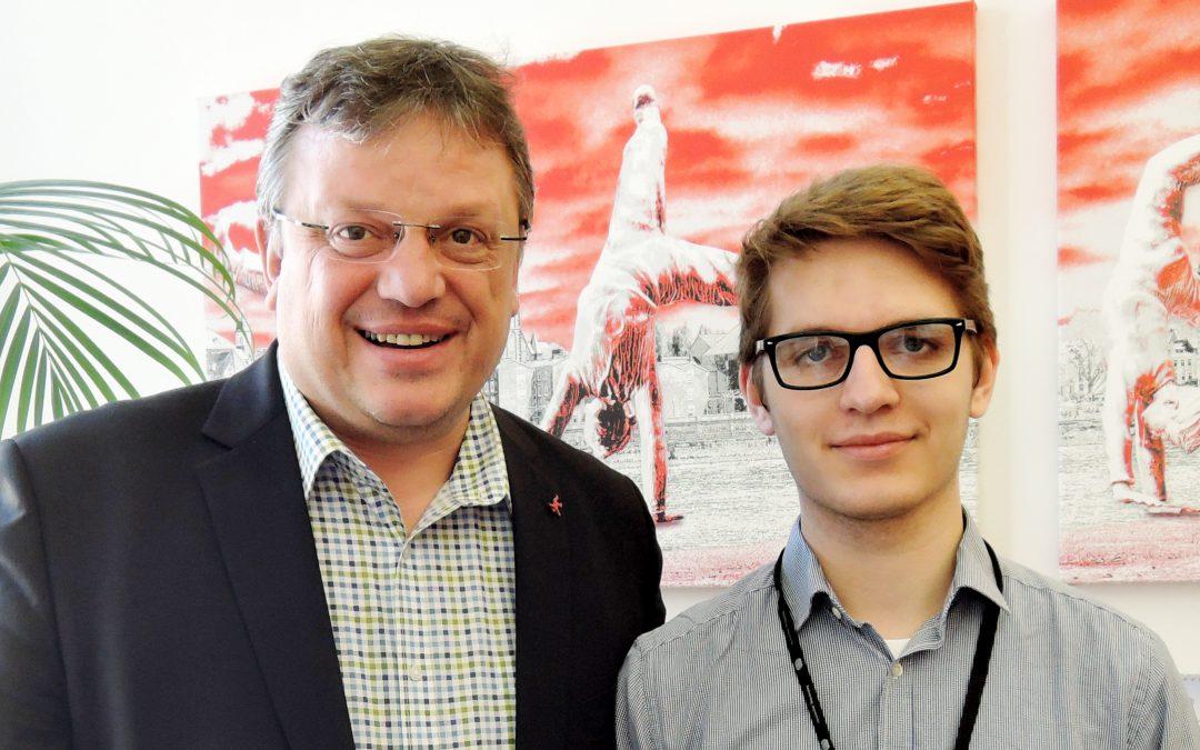 Frischer Wind im Bundestag:  Düsseldorfer als Junior-Abgeordneter bei Jugend und Parlament