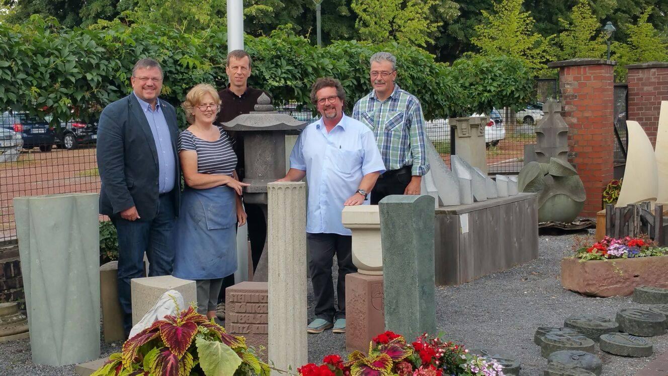 Besuch von Andreas Rimkus MdB beim Bildungswerk Nordrhein am Düsseldorfer Südfriedhof
