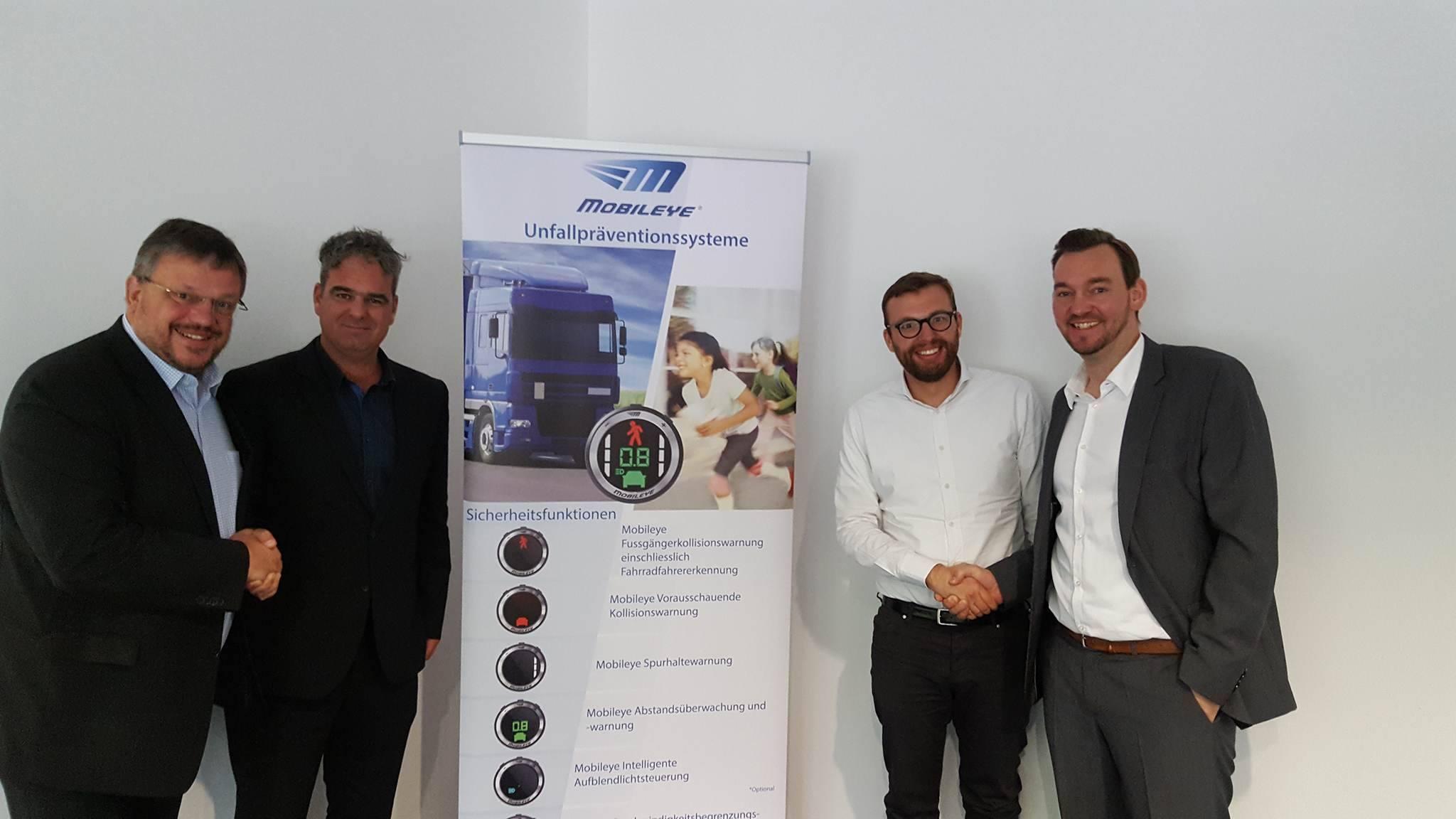 Unfallprävention und Fahrerassistenz: Andreas Rimkus MdB besuchte den Technologie-Anbieter Mobileye in Düsseldorf
