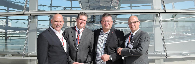 Blaulichtkonferenz der SPD-Fraktion: Andreas Rimkus im Gespräch mit Hilfsorganisationen
