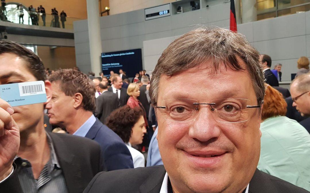 Bundestag hat Ehe für alle beschlossen