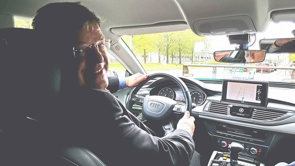 """""""Düsseldorf erhält 9 Millionen Euro Bundesmittel für digitales und automatisiertes Fahren! Innovative Mobilität muss sich aber auch mit ethischen Fragen und mit dem Datenschutz befassen."""""""