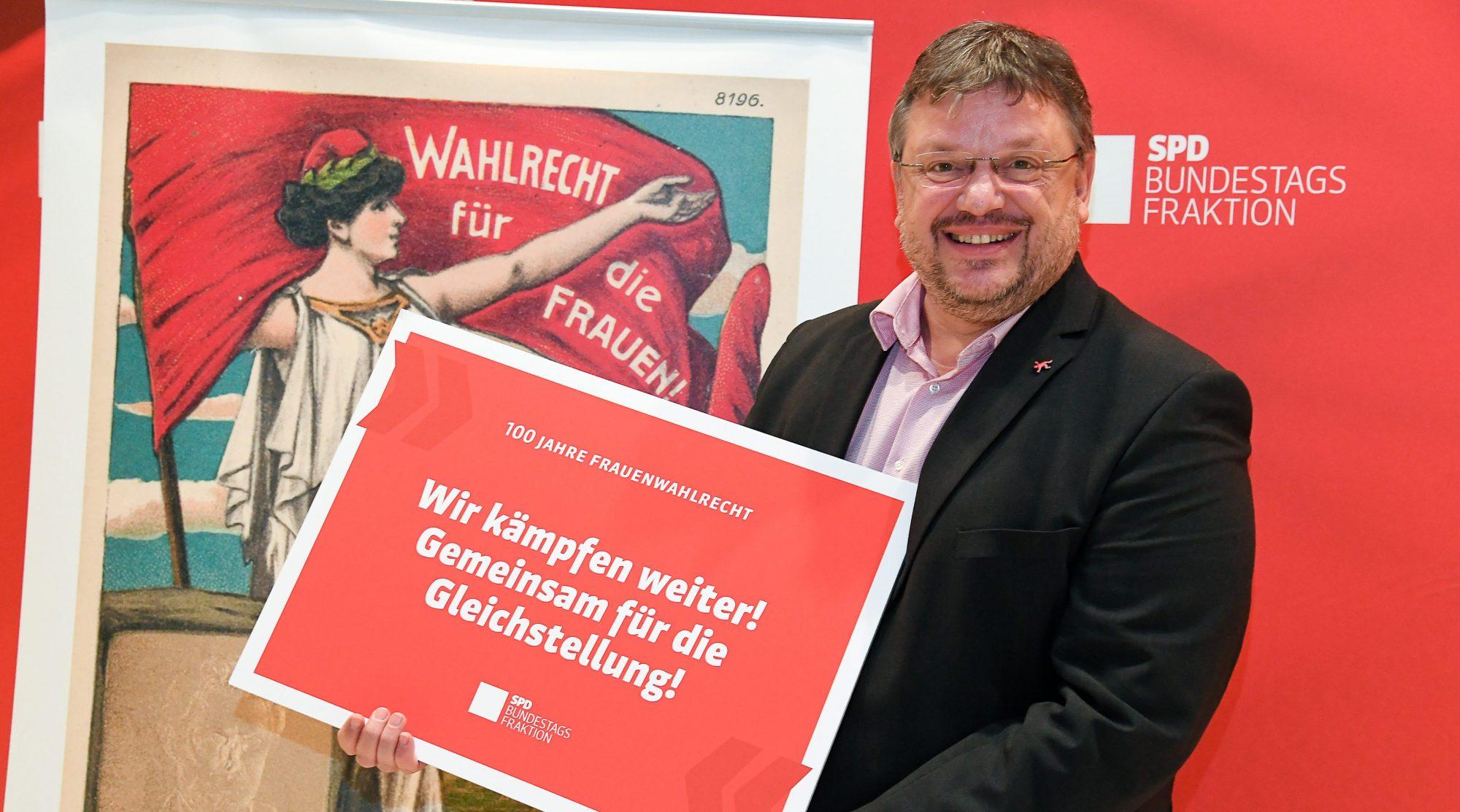 100 Jahre Frauenwahlrecht – Neue Zeiten. Neue Ideen. Wir machen mobil.