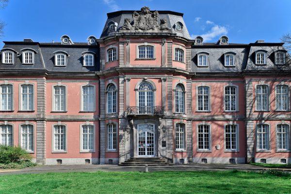 Rimkus holt erneut Bundesgelder für den Denkmalschutz nach Düsseldorf: Der Bund beteiligt sich mit 450.000 Euro an der Sanierung von Schloss Jägerhof!