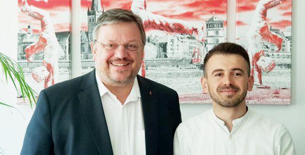 Erfahrungsbericht von Alfred Gjeloshi zu seiner Zeit im Büro von Andreas Rimkus