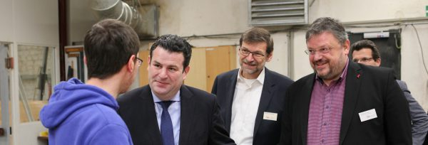 Bundesarbeitsminister Hubertus Heil besucht das AWO Berufsbildungszentrum in Düsseldorf