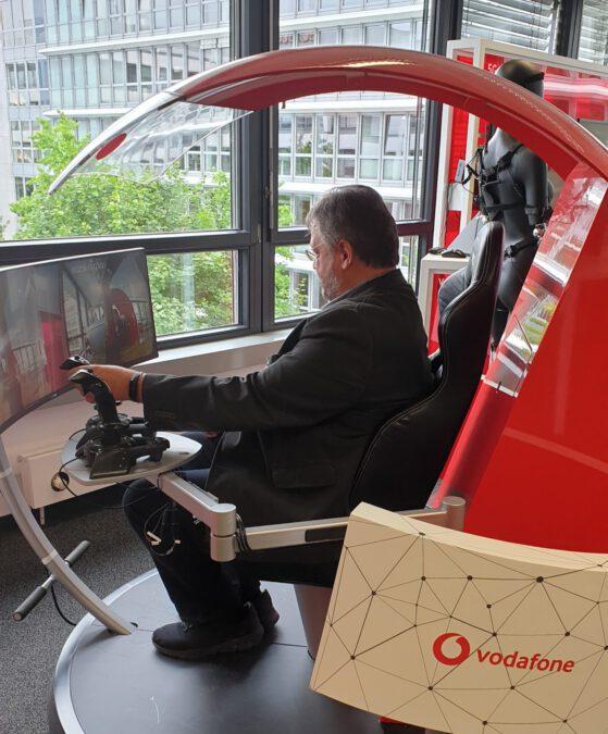 Andreas Rimkus zu Besuch auf dem Vodafone-Campus in Düsseldorf